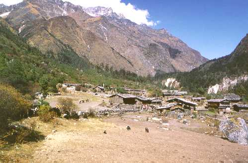Photos from a trek in the Kangchejunga region of Nepal, October ...
